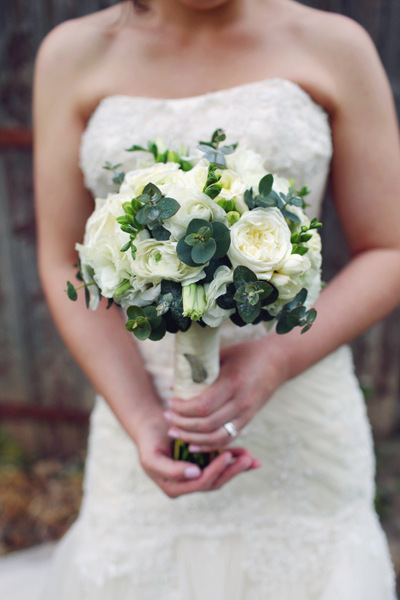 White Bridal Bouquet with Succulents | Love Wed Bliss
