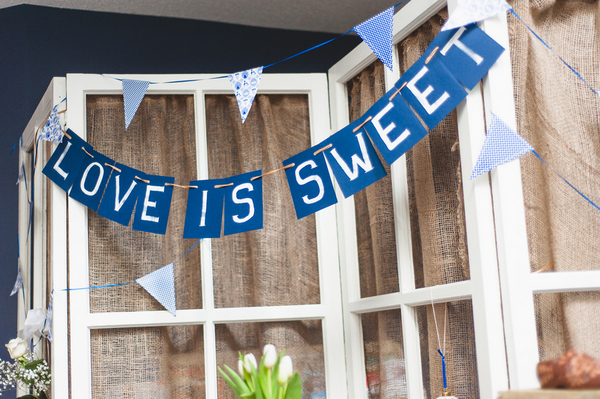 Blue & White Budget Wedding Decor