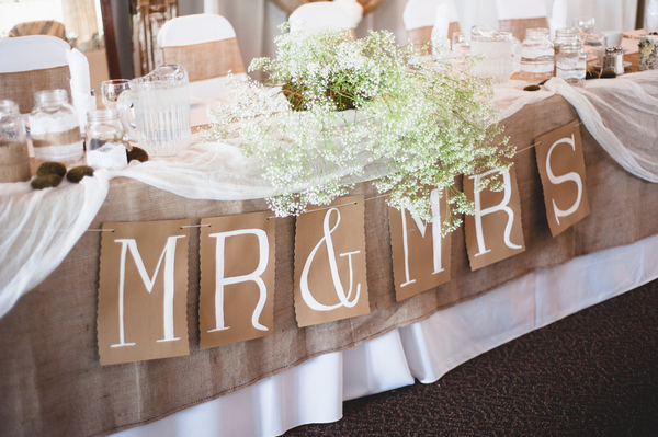 Burlap Bridal Table