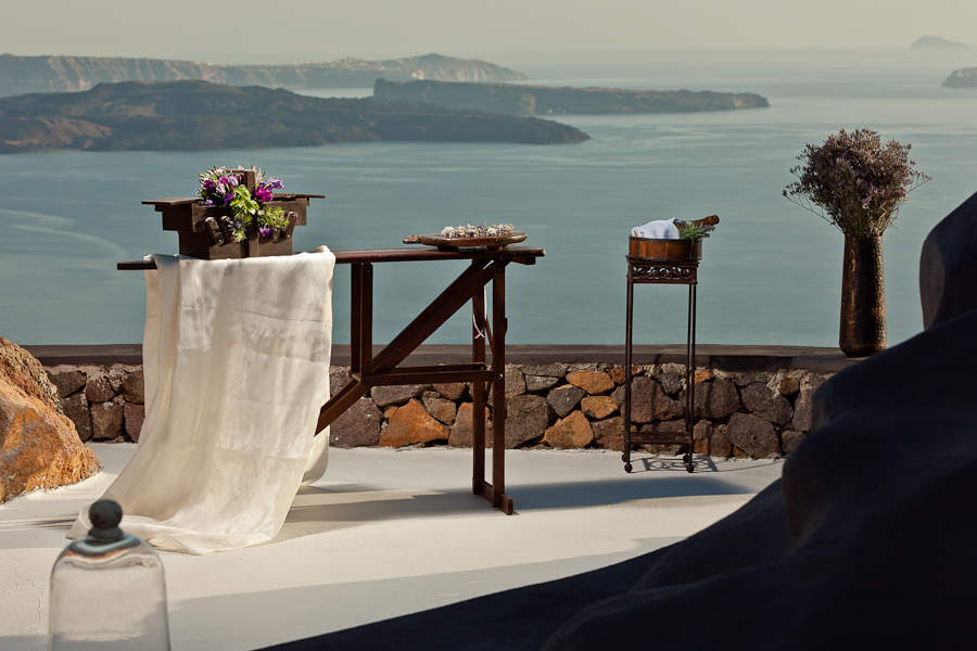 Wedding at Aenaon Villas Imerovigli Greece