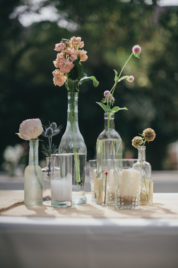 Mismatched Glass Vases Centerpieces | Love Wed Bliss