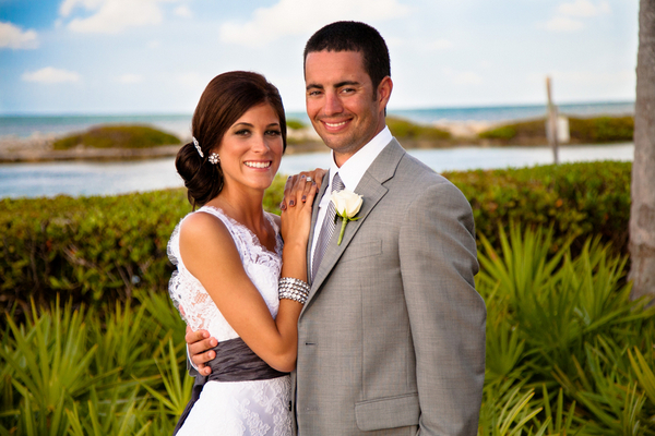 Outdoor Wedding Hawkes Cay Resort Florida | Love Wed Bliss