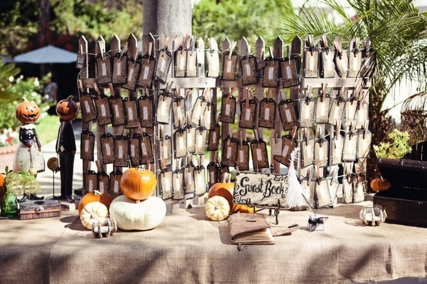 Halloween Wedding: Toe Tag Escort Cards