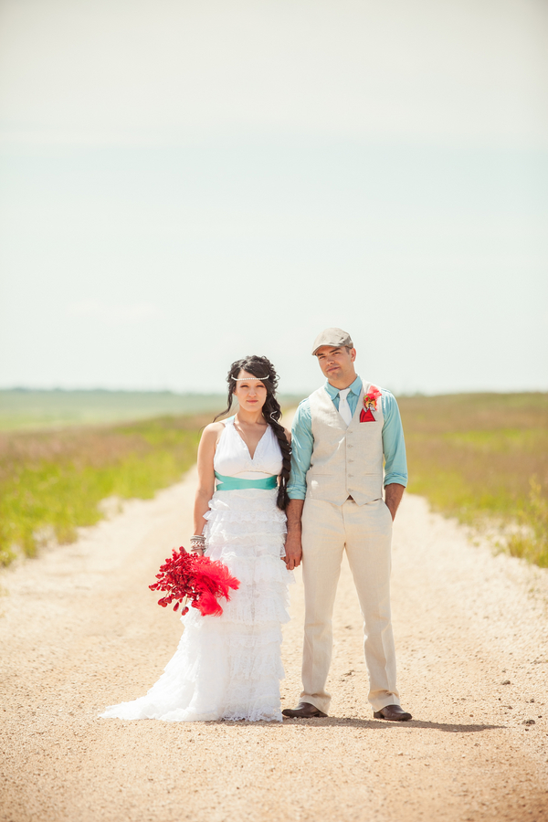 Offbeat Winnipeg Wedding | Love Wed Bliss