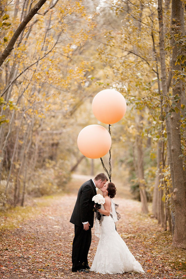 Guest Post} How to Take Perfect Wedding Photos