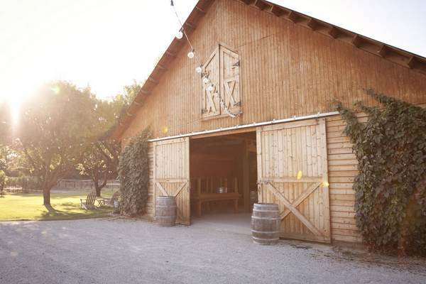 Barn Wedding Inspiration | Love Wed Bliss