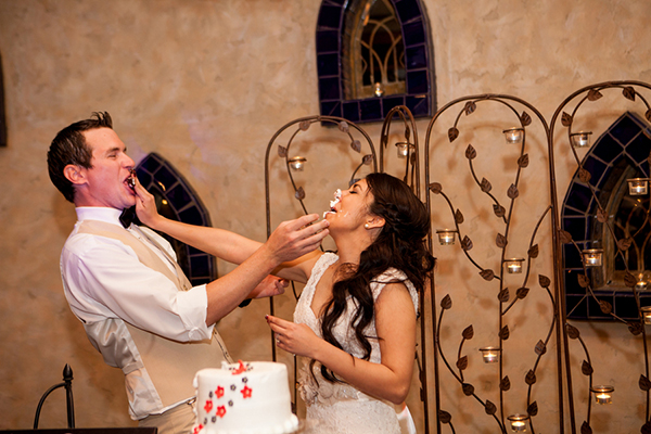 Wedding Cake Fight
