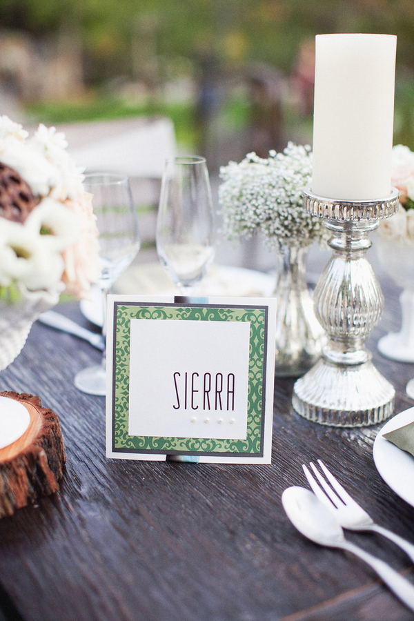 Outdoor Winter Wedding Table Setting | Love Wed Bliss